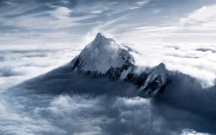 126859843_3563818_Everest.jpg