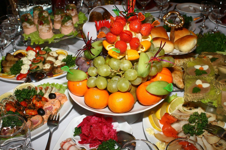 Открытка праздничные столы на день рождения фото, открытки