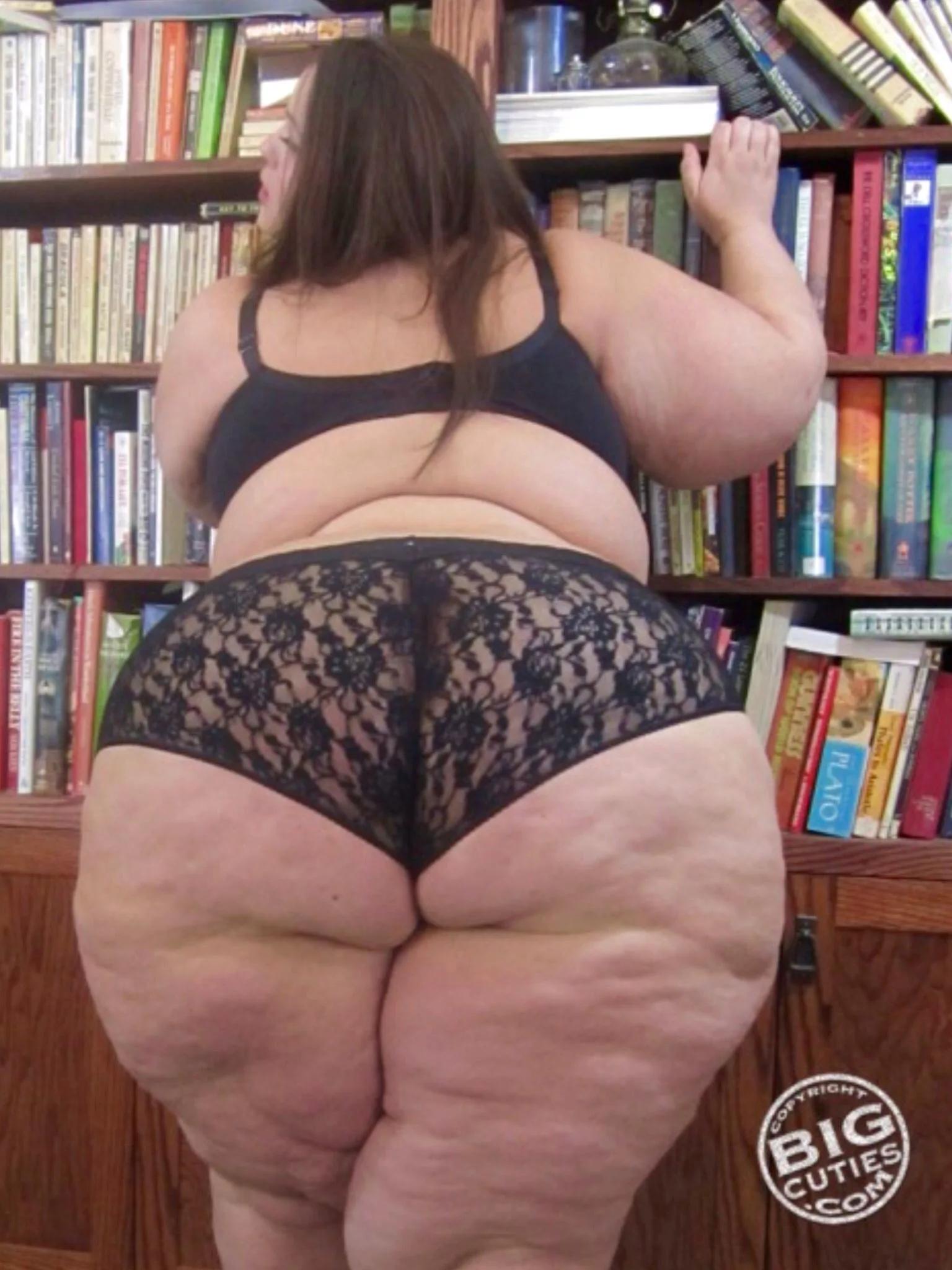 галирея фото толстые ноги бальшыд бедра и жирные жопы фото