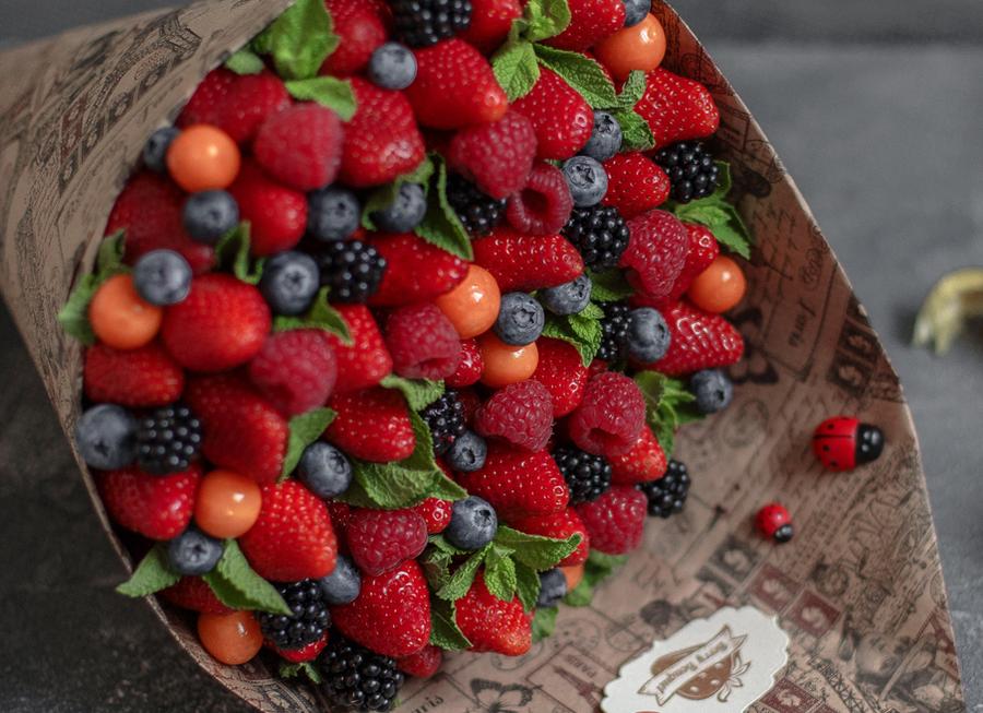 Поздравить маму, с днем рождения картинки тортики цветы фрукты