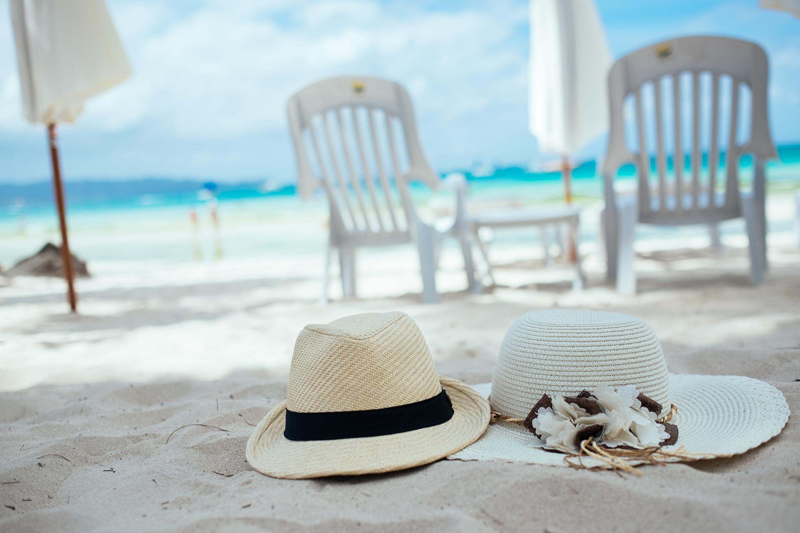 Beach_Hat_Chairs_Sand_478590.jpg