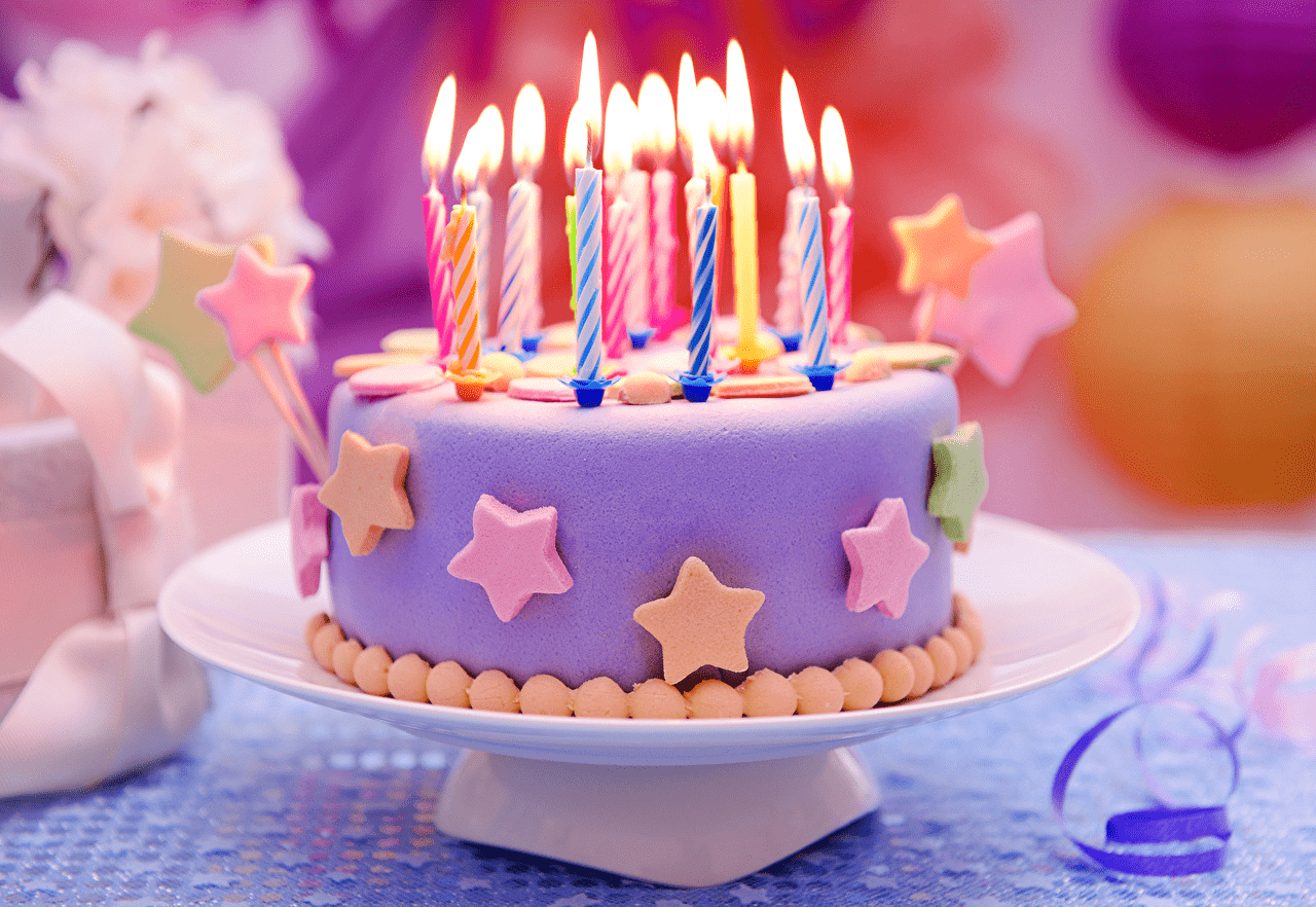 cakes_candles_sweets_469441_min.png