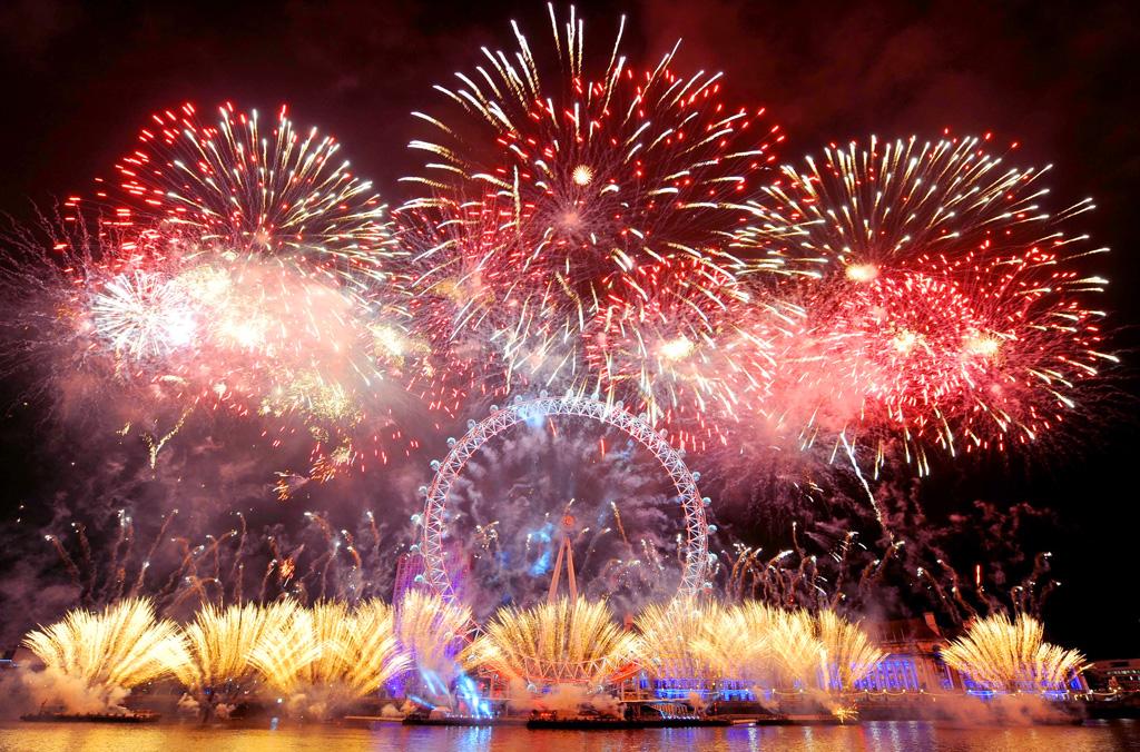 London-EYE-Fireworks.jpg