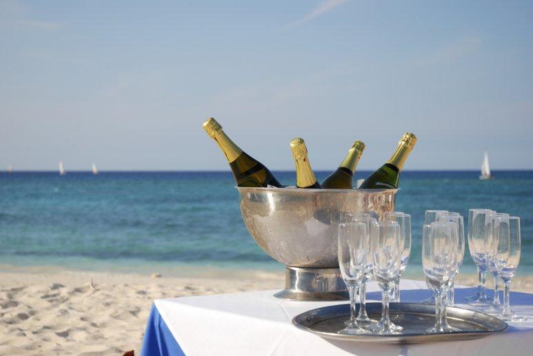 Поздравление море шампанского трудозатраты будут