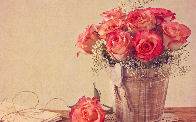 Vintage-Roses-1440x900.jpg