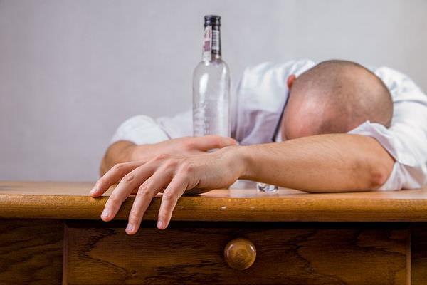 После алкоголя появляется сыпь